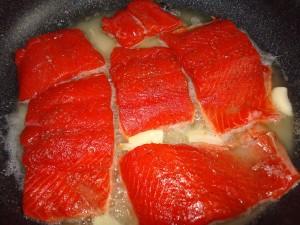 Сахалинский свежий жареный лосось