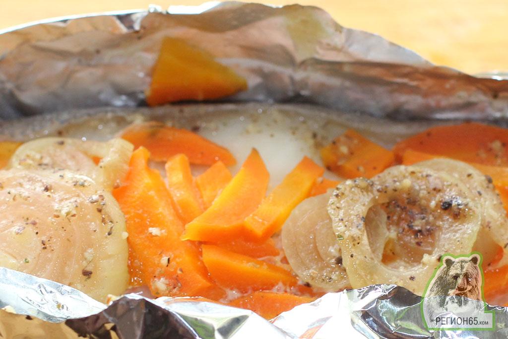Кулинарный рецепт палтус запеченый с овощами в фольге