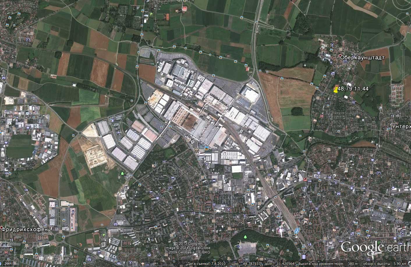 Завод Audi из космоса