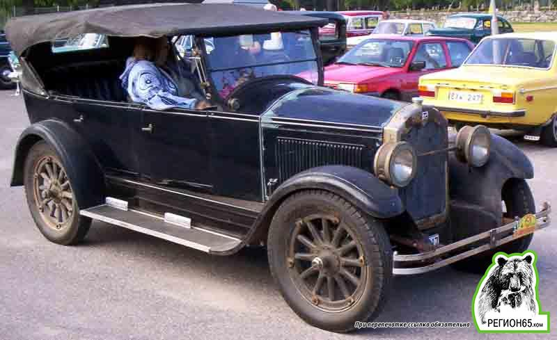 Buick_Standard_Model_25_Touring_1925